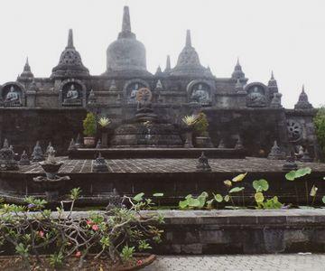 Visit the Buddhist Brahma Vilhars – Arama Temple